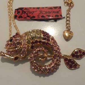 Betsey Johnson chameleon sweater necklace